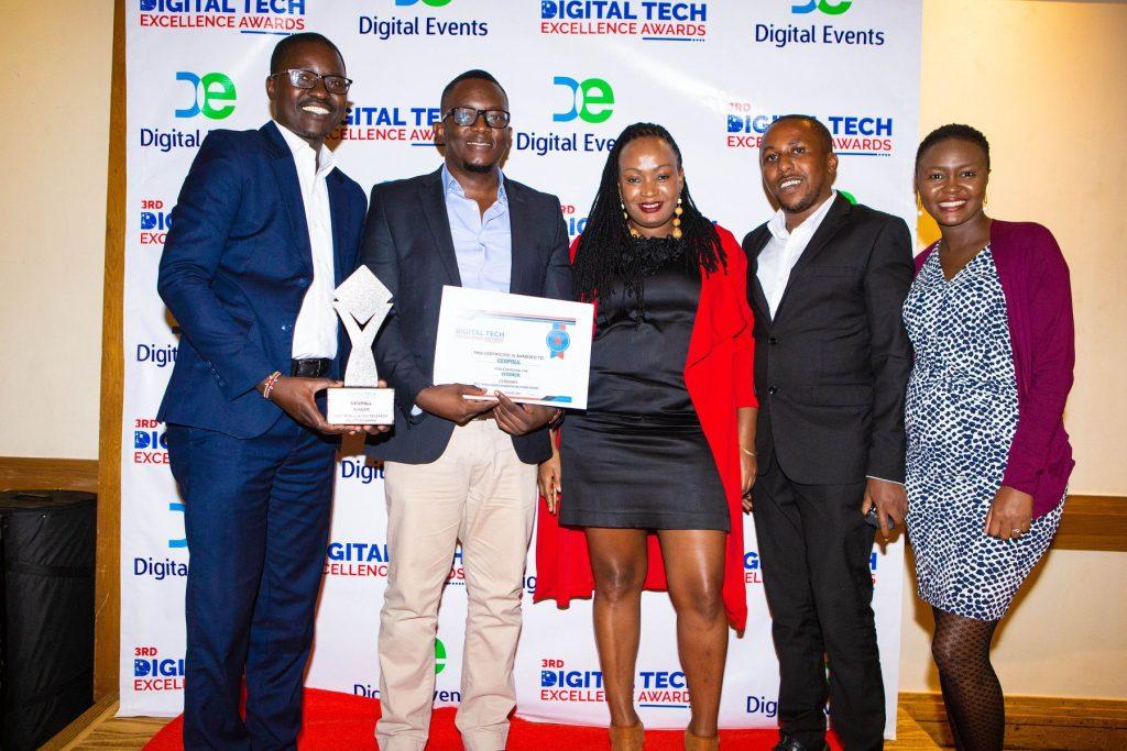 GeoPoll's Bernard Okasi, John Murunga, Rehema Kamotho, Frankline Kibuacha and Purity Njiru receive the the Best Mobile-Based Research Solutions Brand award.